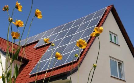solar to modny element dekoracyjny dachu - czy na pewno opłacalny?